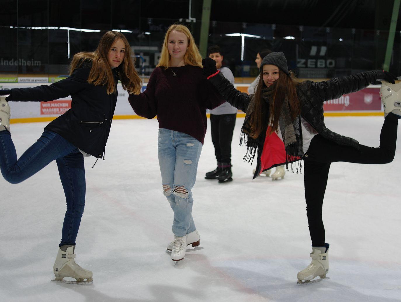 Eislaufen der Mädchen der 9. Jahrgangsstufe